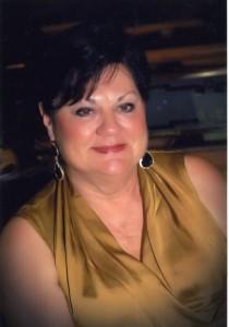 Susan High034